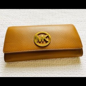 Michael Kors Fulton Wallet
